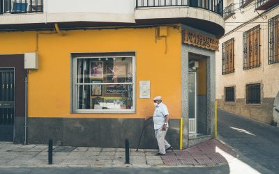 Justice Studio Research: Impact of COVID-19 on 70+ adults in self-isolation. Part I: Spain